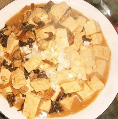 炖豆腐的做法_炖豆腐怎么做