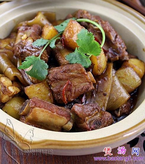 土豆排骨炖粉条儿的做法_土豆排骨炖粉条儿怎么做