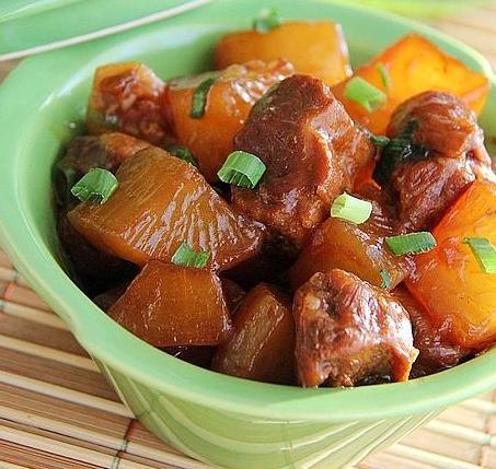 红烧肉炖萝卜的做法_红烧肉炖萝卜怎么做