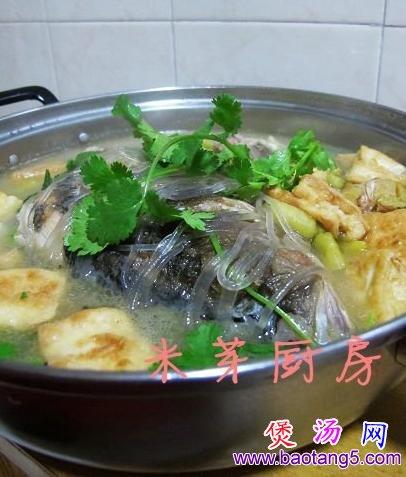 鱼头豆腐炖粉条的做法_鱼头豆腐炖粉条怎么做