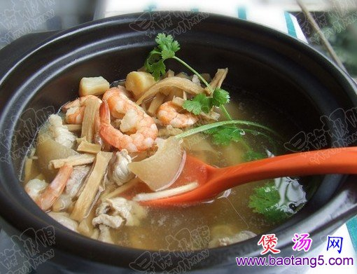 笋干海鲜汤的做法_笋干海鲜汤怎么做