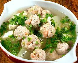 冬瓜豆腐肉丸汤的做法_冬瓜豆腐肉丸汤怎么做