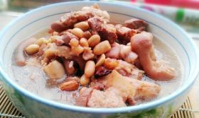 花生猪蹄汤的做法_花生猪蹄汤怎么做