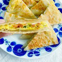 5分钟快手早餐,鸡蛋火腿手抓饼的做法图解11