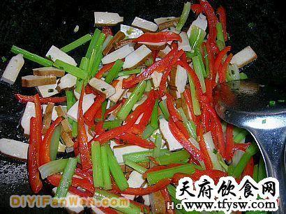 香辣芹菜豆干的家常做法