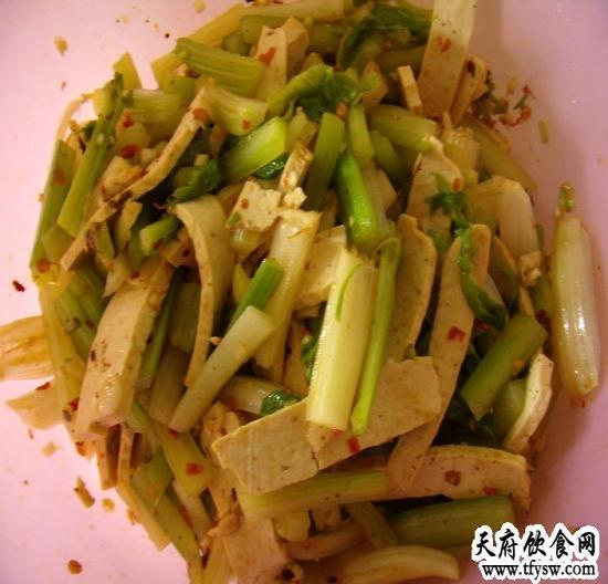 芹菜拌豆干的家常做法