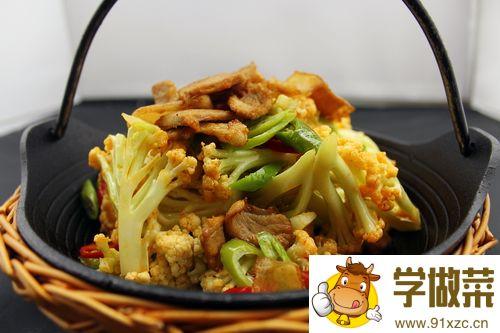 酸花椰菜烩牛肉的家常做法