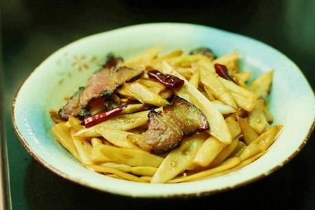 炒皮笋怎么做好吃?炒皮笋的家常做法