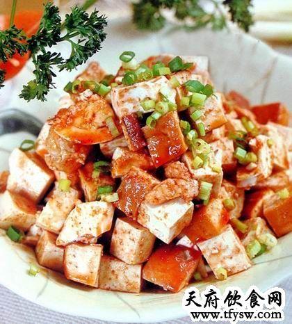 蛋拌豆腐的家常做法