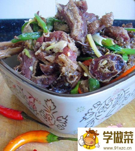 经典湘菜小炒农家腊板鸭的家常做法