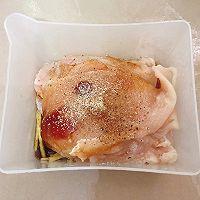 【黑椒蒜香鸡胸肉】今天又是健康低卡饮食的一天!的做法图解2
