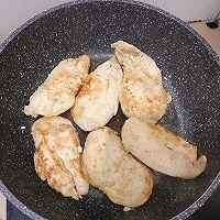 【黑椒蒜香鸡胸肉】今天又是健康低卡饮食的一天!的做法图解6