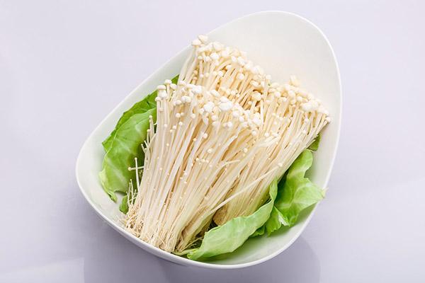 金针菇的功效与作用_吃金针菇的好处