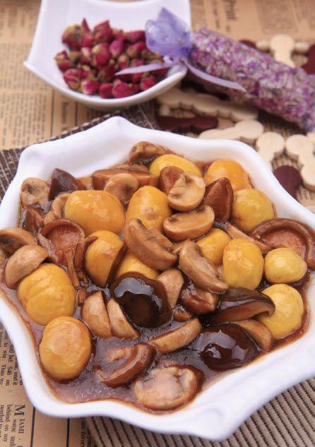 板栗烧双菇怎么做?板栗烧双菇的家常做法