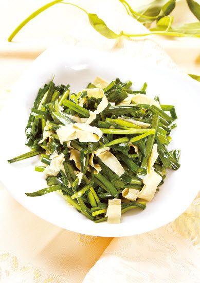 豆筋皮炒韭菜怎么做?豆筋皮炒韭菜的家常做法