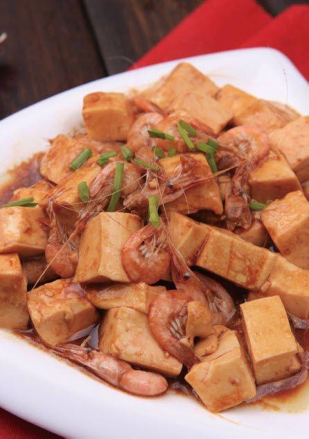 白米虾炒豆腐怎么做?白米虾炒豆腐的家常做法