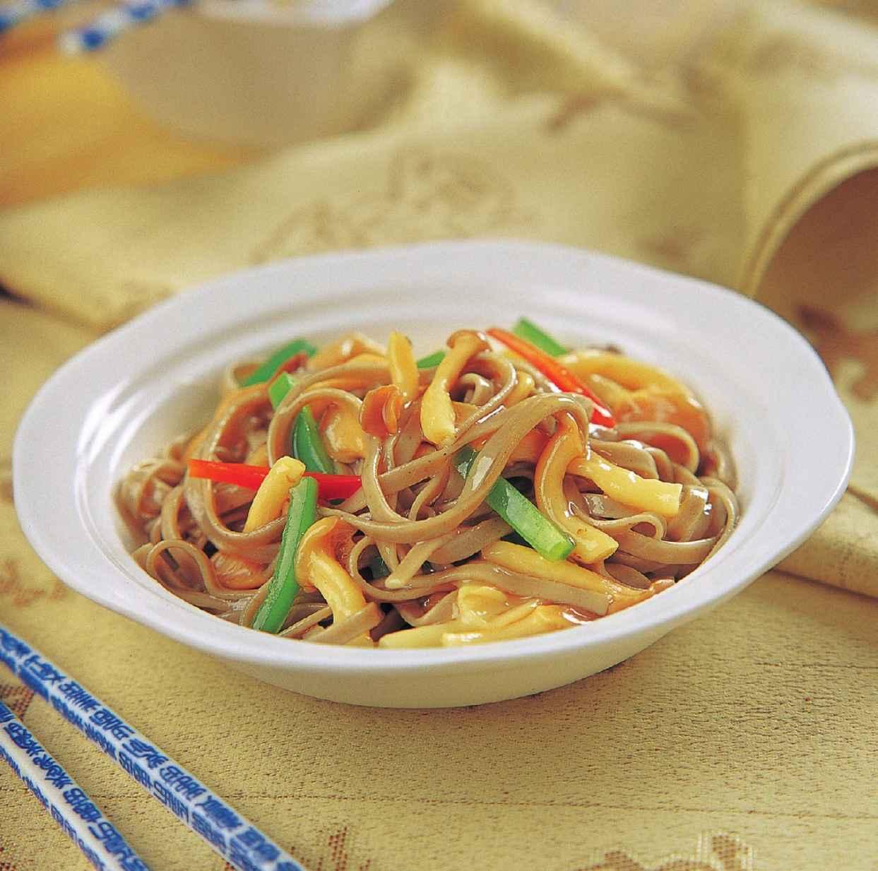 蟹味菇拌荞麦面怎么做?蟹味菇拌荞麦面的家常做法