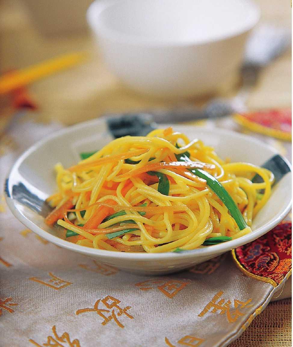 韭菜火腿炒面怎么做?韭菜火腿炒面的家常做法