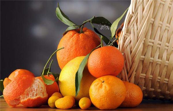 秋燥喉咙不舒服吃什么水果好